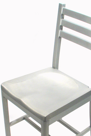Alumaladder Aluminum Chair With Cast Aluminum Seat Detail