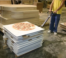 Pizza Logo Table