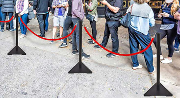 Portable Rope Stanchion With Triangular Base